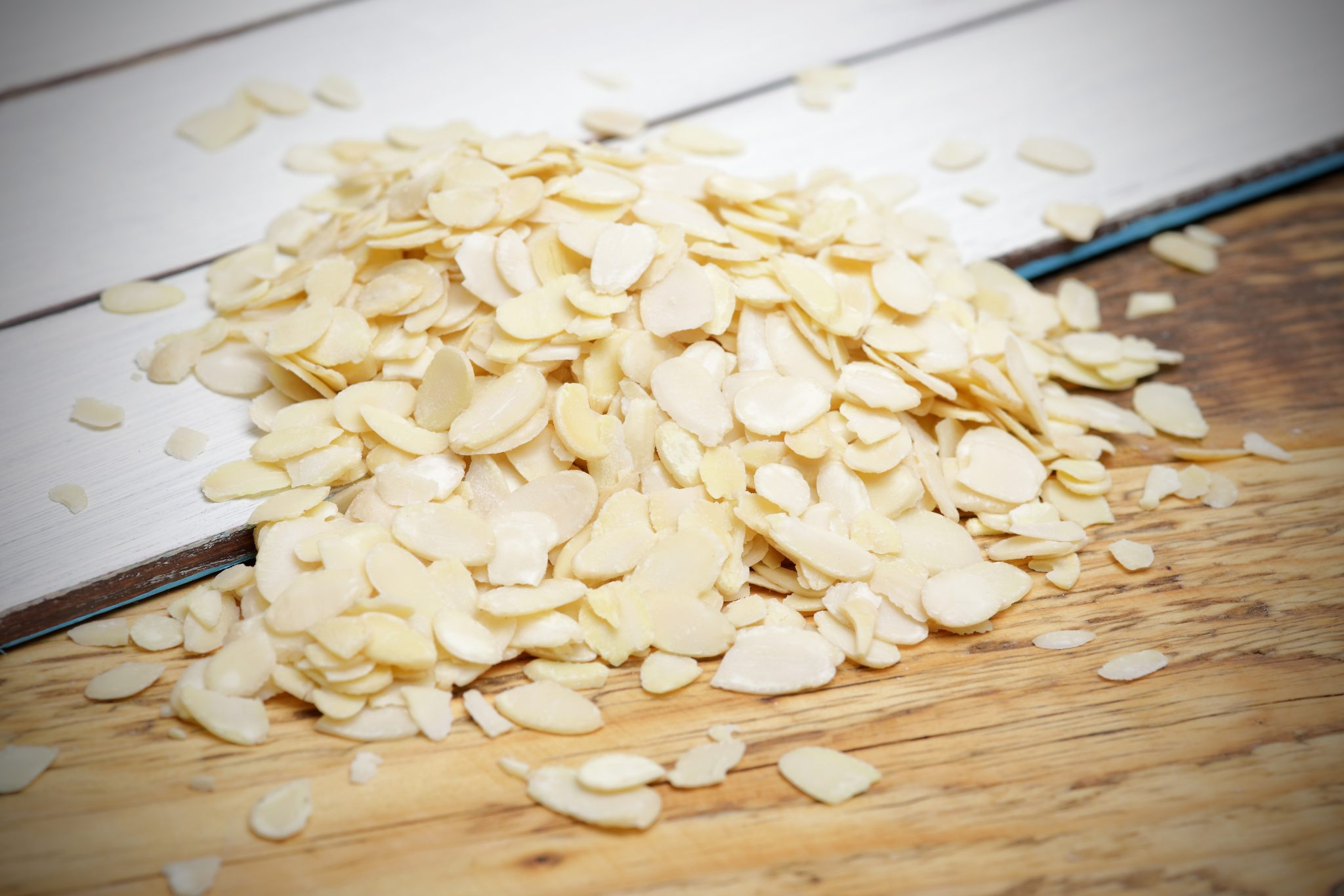 chandras blanched whole almonds